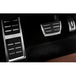Audi Q7 2015 kryty pedálov