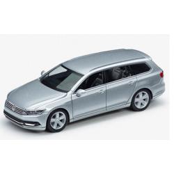 VW Passat Variant 1:87,strieborný