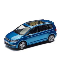 VW Touran 2015, modrý